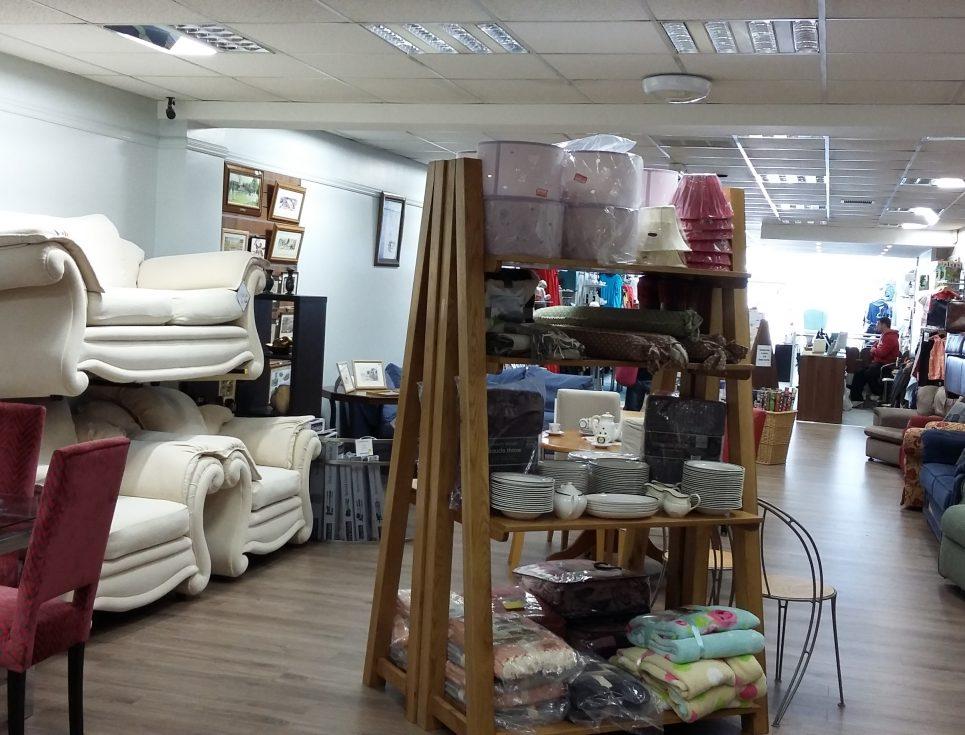 Shops-Evesham-High-Street-2